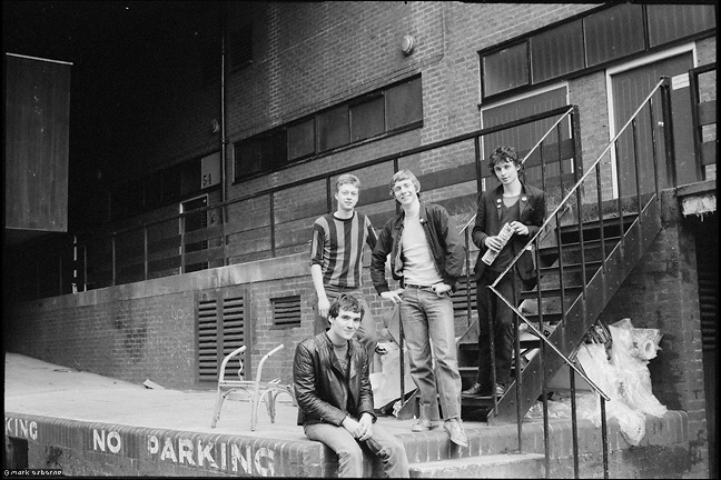 Unknown band posing round the back of Tiffanys