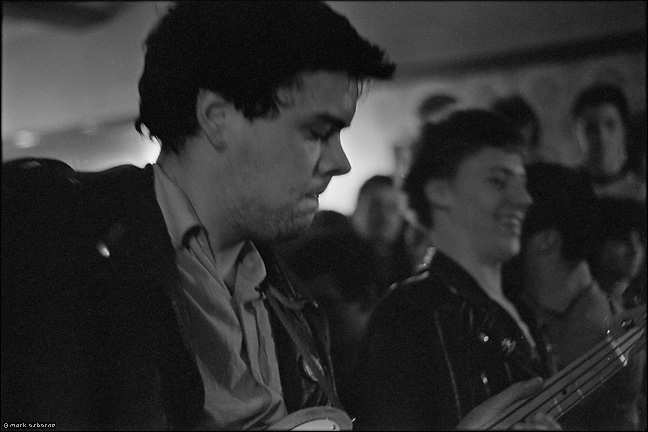 Nigel Mulvey on bass in unknown band, Swanswell Tavern, 1979